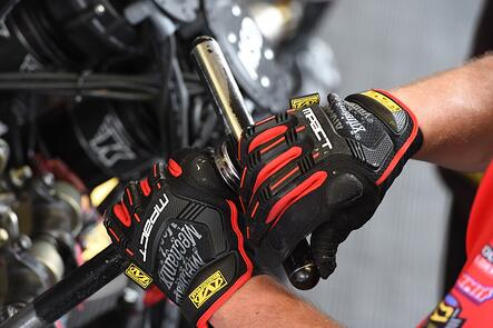 Mechanix Wear Expands in the Santa Clarita Valley